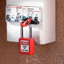 Master Lock S2390 - Miniature Circuit Breaker Lockout